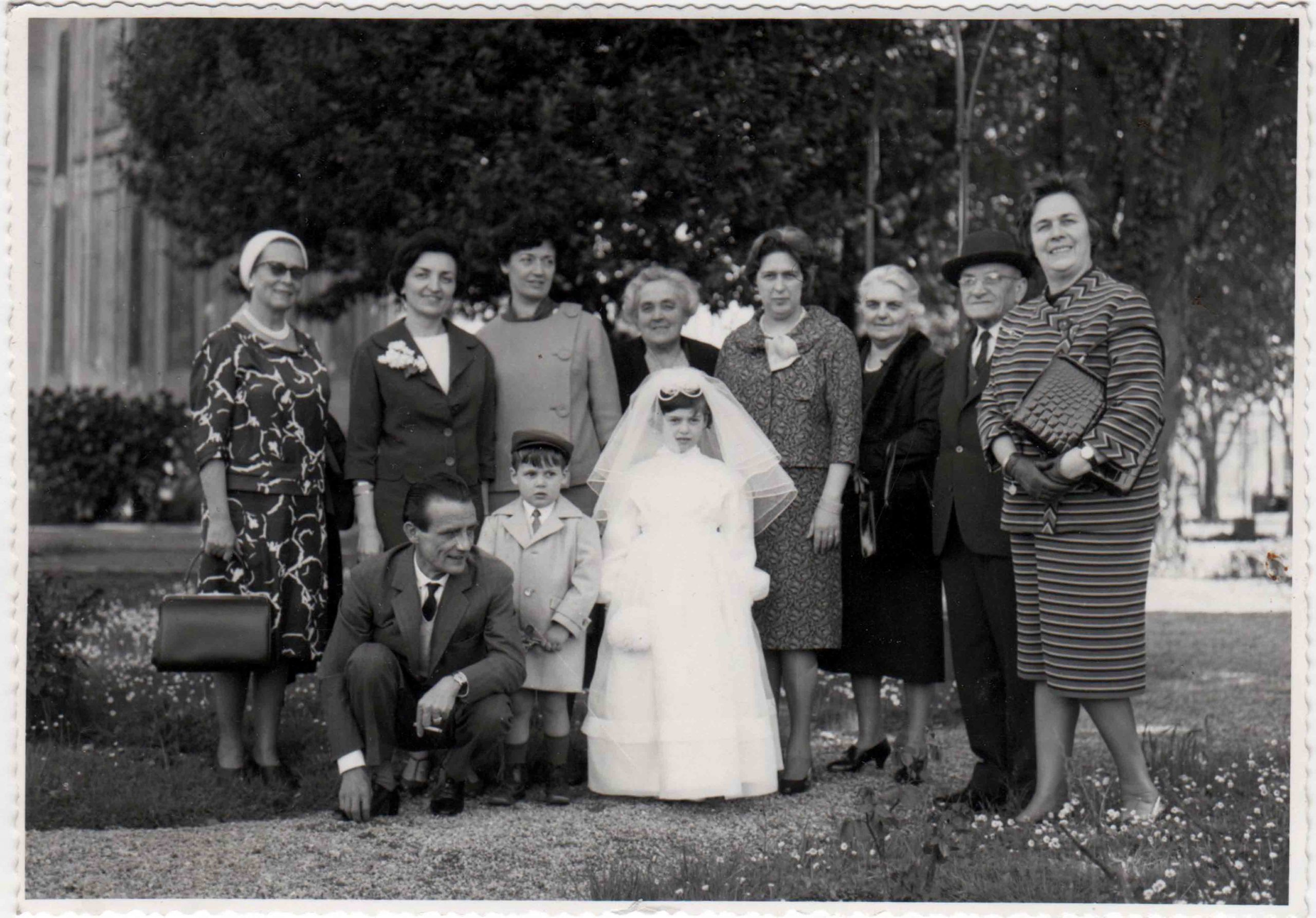 """Fotografia di famiglia raccolta da Michela Depetris """"A Mina"""" 2012"""